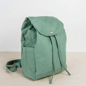 PALM & PERKINS Green Canvas Backpack